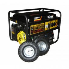 Бензиновый электрогенератор Huter DY6500LX с колёсами и аккумулятором